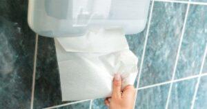 กระดาษเช็ดมือแบบแผ่น